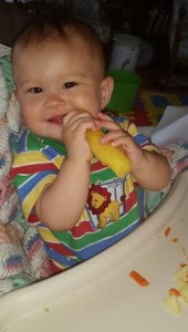 Pineapple core teether_150722 age11months